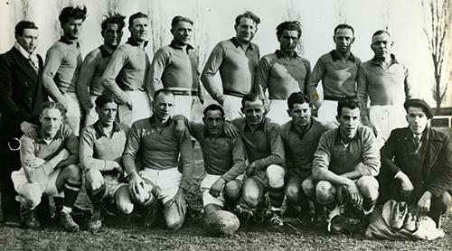 L'équipe des Touristes Elbeuviens en 1941.