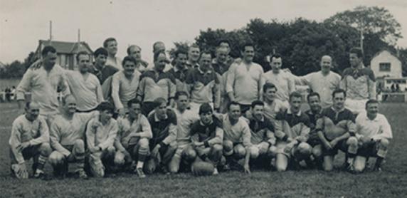 L'équipe des Touristes Elbeuviens en 1963.