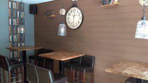 L'intérieur du bar